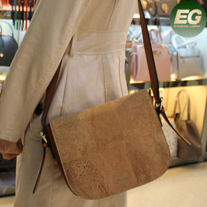 Factory Sale Directly Eco-Friendly Cork Leather Shoulder Bag Cork2 pictures & photos