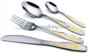 12PCS/24PCS/72PCS/84PCS/86PCS Mirror Polished High Class Stainless Steel Cutlery Tableware (CW-CYD835) pictures & photos