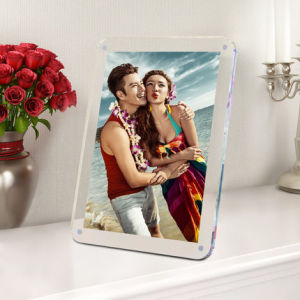 Square Clear Acrylic Magnetic Photo Frames pictures & photos