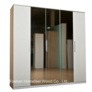 Wooden High Gloss Bedroom 5 Doors Mirrored Wardrobe (WB43) pictures & photos