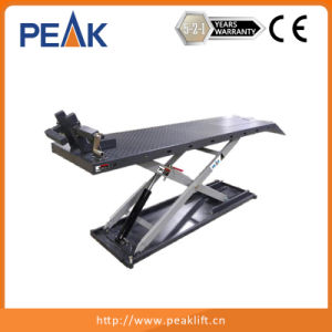 Electric Hydraulic Control Home Garage Equipment Motorcycle Scissors Lift Table (MC-600) pictures & photos