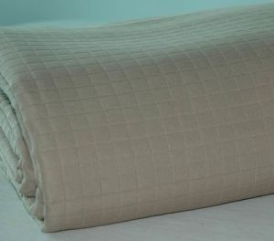 100% Polyester Bed Throw M-P1106 pictures & photos