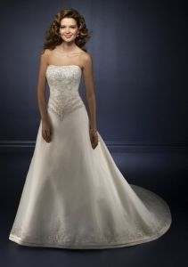 Wedding Dress (A125)