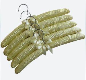 Stain Hangers (TM-261)