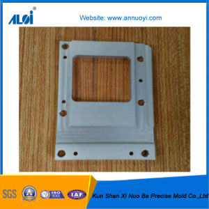 Customed Precision CNC Turning Aluminum Accessories pictures & photos
