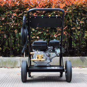 Bison (China) OEM Factory BS180A New Type 170 Bar Home Use Portable Gasoline Car Washer High Pressure Washer pictures & photos
