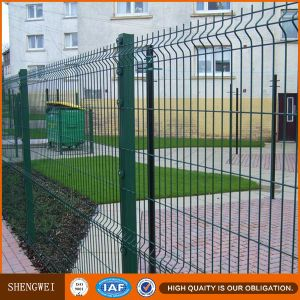 Square Post Welded Wire Mesh Garden Fence with PVC Coating pictures & photos