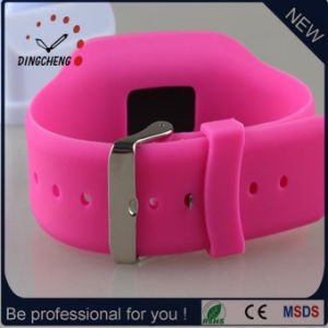 Christmas Wristwatch Pedometer Watch Silicone Bracelet for Promotion (DC-752) pictures & photos