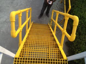 Fiberglass Hand Railings, FRP/GRP Gratings, Handrails pictures & photos