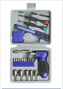 Domestic and Convenient 22PCS Hand Tools Kit pictures & photos