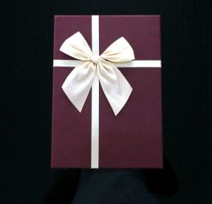 High Quality Gift Box Set with Fabric Bowknot