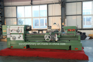 Heavy Duty Universal Lathe Machine (BL-HL-T63W/70W) pictures & photos