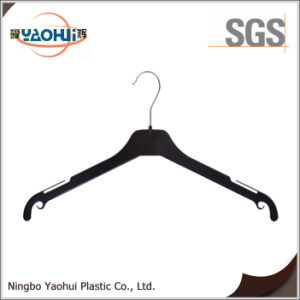 Hot Sell Plastic Coat Hanger with Metal Hook for Display (26cm) pictures & photos