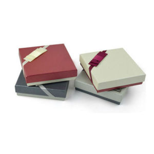 Costom Design Pattern Paper Gift Packaging Box pictures & photos
