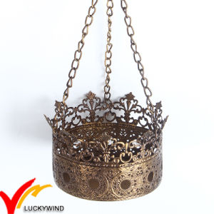 High Quality Crown Metal Tealight Candle Holder pictures & photos