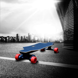 High Quality 900W Boosted Board Electric Skateboard pictures & photos