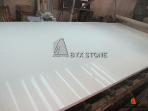 White Quartz Slab with Mirror for Kitchen Countertop Project pictures & photos