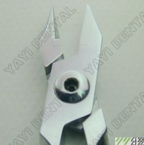 Orthodontic Light Wire Plier (YAYI-001) pictures & photos