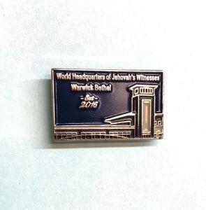 Custom Zinc Alloy Silver Enamel Metal Lapel Pin pictures & photos