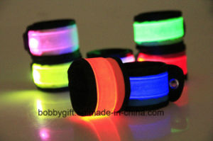 Safety Used at Night LED Flashing Running Armband for Runners pictures & photos