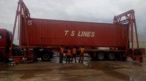 30t-40t Mast Mobile Container Crane pictures & photos