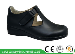 Wide Diabetic Shoes Lady Casual Health Shoes pictures & photos