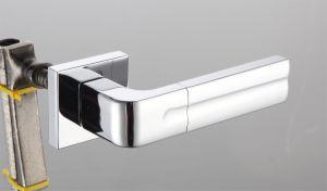 Hot Zinc Alloy Door Lock Handle (Z0-22325 SNY) pictures & photos