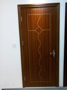 Solid Wood Composite MDF Door (DS-025) pictures & photos