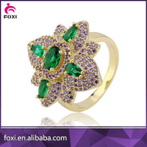 China Factory Supplier Fashion Jewelry Gold Engagement Rings pictures & photos