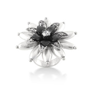 Lady Silver Alloy Retro Crystal Flower Rose Finger Ring Fashion Jewelry pictures & photos