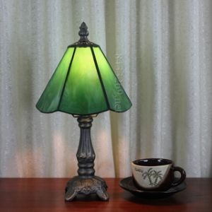 Tiffany Table Lamp (6S12-1GT102)