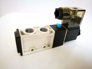 4s Series Internal Pilot Directional Solenoid Valve pictures & photos