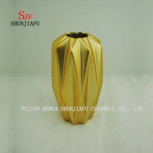 New Creative Electroplating Porcelain Ceramic Vase with Gold Ornaments Crafts Large pictures & photos