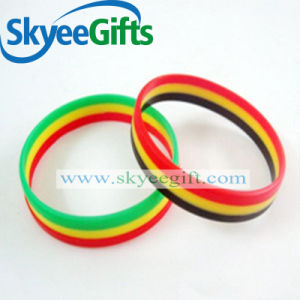 Customized Logo Bracelet Silicone Bracelets pictures & photos