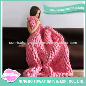 High Quality Wool Hand Knitted Acrylic Crochet Blanket pictures & photos