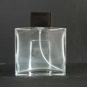 Design and Produce Crytal Metal Perfume Bottle pictures & photos