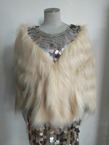 Beige Faux Fur/Fake Fur, Women′s Clothing, Good Quality pictures & photos