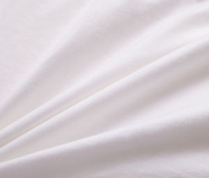 Home Textile White Color Polyester Bedding Quilt pictures & photos
