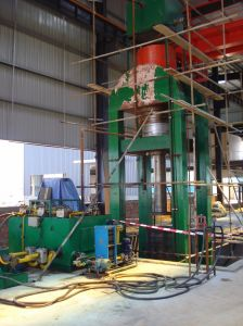 Powder Forming Hydraulic Press pictures & photos