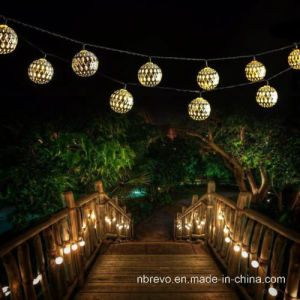 Solar Powered 12LED Morocco String Light for Garden Decoration (RS1001) pictures & photos