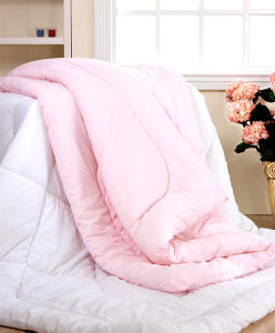 Quilted Organic Cotton Comforter pictures & photos