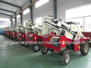 High Quality Patented Peanut Combine Harvester Hot Sale in Iran pictures & photos