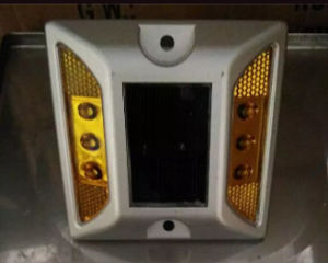 Solar LED Aluminium Road Stud with Stand pictures & photos