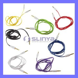 3.5mm M to M DC Aux Entension Flat Car Aux Audio Cable for iPod, iPhone, MP5 Mobile Cell Phone pictures & photos