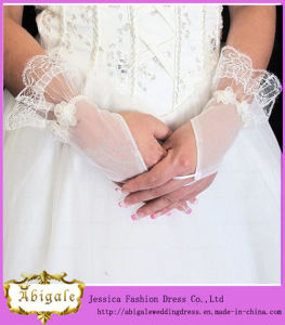 Tulle Wedding Gloves (MI 3567) pictures & photos