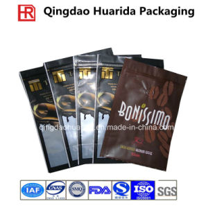 Matte Finished Plastic Food Packaging Bag with Zipper/Botom Gusset pictures & photos