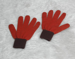 Knitted Magic Unisex Five Fingers Glove pictures & photos