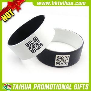 Hot Sell Spray Painting Qr Code Silicone Wristband (TH-band074) pictures & photos
