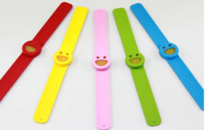 Silicon Anti Mosquito Bracelet Rubber Silicone Wristband pictures & photos