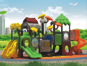 2015 Hot Selling Outdoor Playground Slide with GS and TUV Certificate (QQ14005-1 pictures & photos